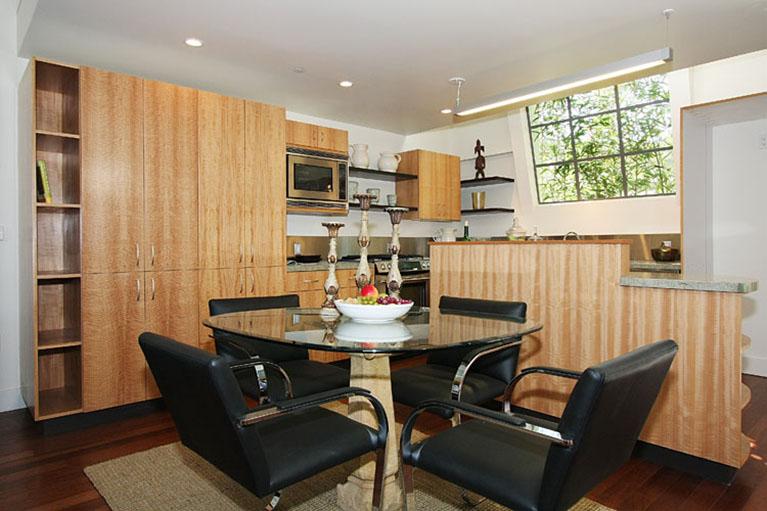 Santa Monica Townhome for Sale | Realtor Linda Lackey
